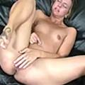 A chick finger fucks herself until she cums