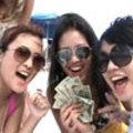 She licks pussy for money
